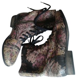 Steve Madden Floral Combat Womens Cheap Trendy Womens Multi Floral Boots