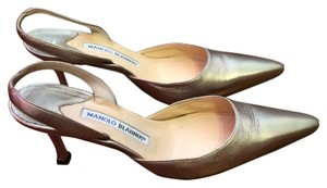 Manolo Blahnik Silver Leather Kitten Heel Pointed Toe Pumps