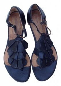 Ballasox by Corso Como Ruffle Leather Black Sandals