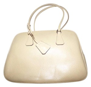 Prada Mint Vintage Chrome Hardware Xl Two Strap Has Key/lock/bag Perfect For Everyday Satchel in Beige/Natural color Leather