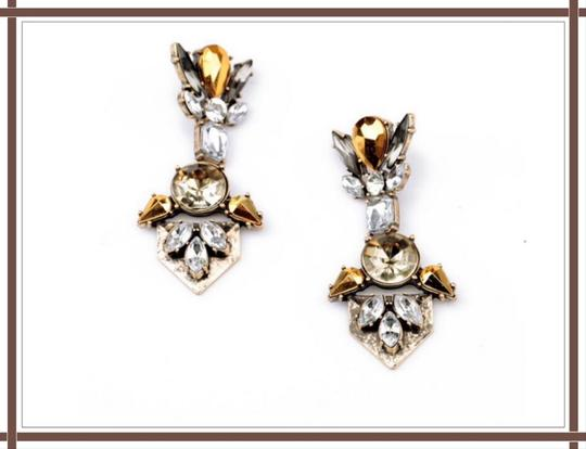 Other NWT Beautiful Clear & Gold/Yellow Crystal Earrings Image 1