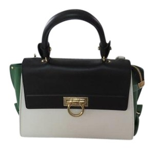Salvatore Ferragamo Impeccably Made Satchel in Liat/Amazzonia/Nero