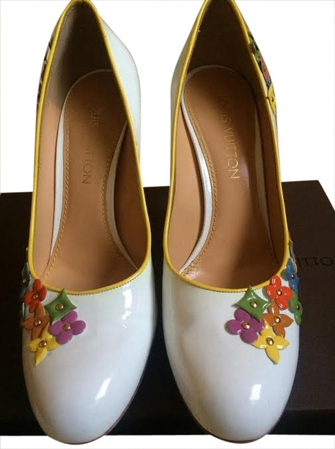 Item - White and Yellow Jessica Pumps Size US 9 Narrow (Aa, N)