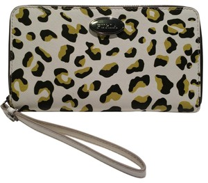 Furla New! Furla Zip Around Special Edition Toni Olive Leather Wallet
