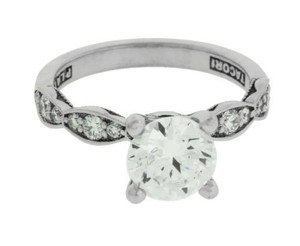 Tacori 462rd65 Sculpted Crescent Engagement Ring In 18k Holds 50 Carat Diamond