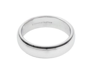 Tiffany Co Milgrain Wedding Band In Platinum In Very Good Condition