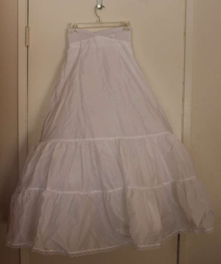Preload https://item4.tradesy.com/images/david-s-bridal-white-a-lined-2-tier-petticoat-slip-178553-0-0.jpg?width=440&height=440