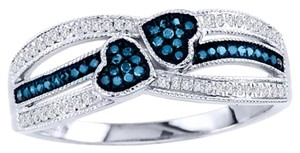 Elizabeth Jewelry 10Kt White Gold Blue & White Diamond Double Heart Ring