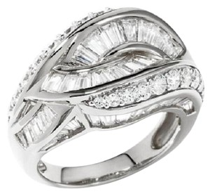 Victoria Wieck Victoria Wieck 3.18ct Absolute Interlocking Twist Band Ring - Size 7