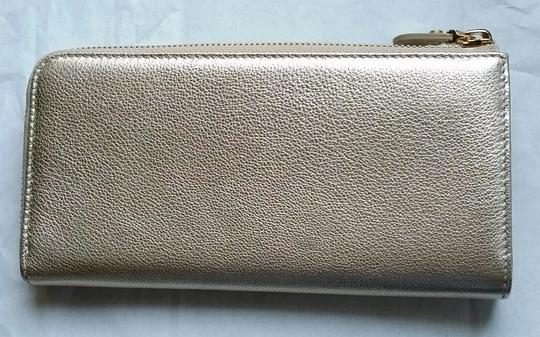 Salvatore Ferragamo *New with tags* Miss Vara Bow Zip Continental Wallet in Metallic Gold Image 2