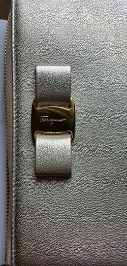 Salvatore Ferragamo *New with tags* Miss Vara Bow Zip Continental Wallet in Metallic Gold Image 3
