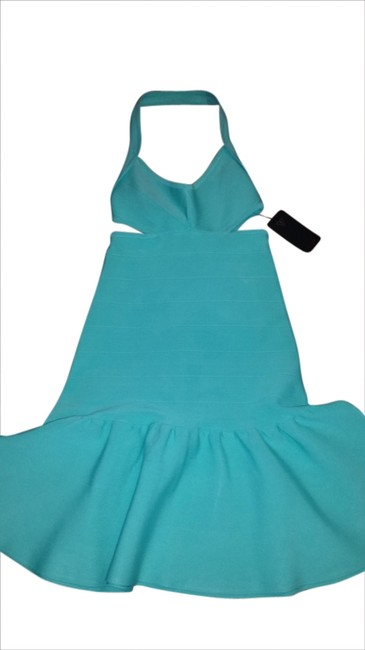 Preload https://img-static.tradesy.com/item/1785857/guess-green-bandage-cut-out-above-knee-cocktail-dress-size-6-s-0-0-650-650.jpg