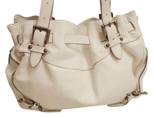Cavalcanti Shoulder Bag