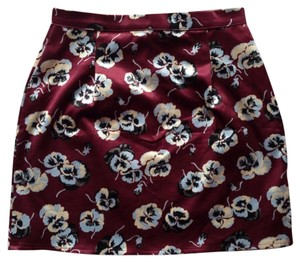 Brandy Melville Mini Skirt Red/floral