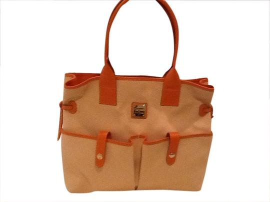 Preload https://img-static.tradesy.com/item/1786359/dooney-and-bourke-pocket-sac-handbag-orangewhite-canvas-satchel-0-0-540-540.jpg