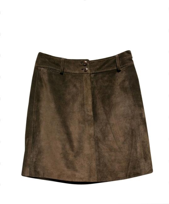 Preload https://img-static.tradesy.com/item/1786398/ann-taylor-brown-suede-leather-miniskirt-size-2-xs-26-0-0-650-650.jpg