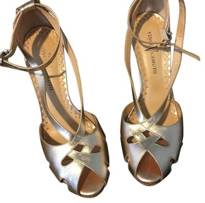 Vince Camuto Peach Pumps