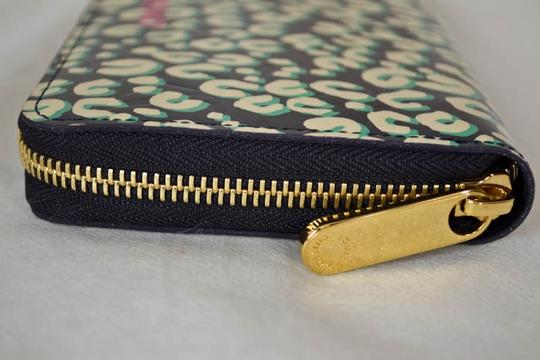 Louis Vuitton Authentic New Limited Edition Louis Vuitton Green Leapord Zippy Wallet Image 2