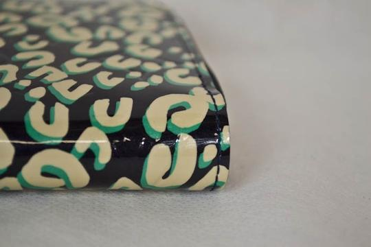 Louis Vuitton Authentic New Limited Edition Louis Vuitton Green Leapord Zippy Wallet Image 4