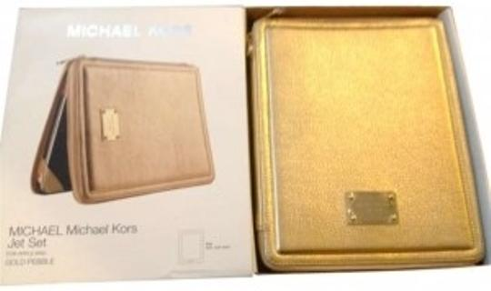 Preload https://item1.tradesy.com/images/michael-kors-gold-pebble-jet-set-ipad-case-tech-accessory-178750-0-0.jpg?width=440&height=440