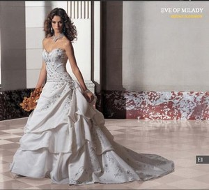 Eve of Milady White Satin 4216 Silk Embroidery Strapless Sweetheart Feminine Wedding Dress Size 8 (M)