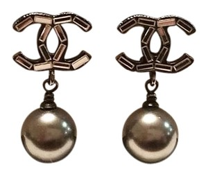 Chanel Authentic Chanel Gunmetal CC Silver Baguette Rhinestone Grey Pearl Dangle Piercing Earrings