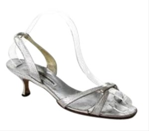 Manolo Blahnik Metallic Kitten Heel Silver Pumps