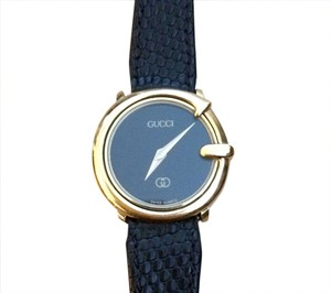 Gucci Vintage GUCCI Ladies Classic Watch with Leather Bands