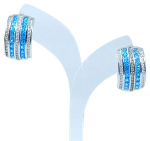 9.2.5 Magnificent Emerald cut shape 3x3mm Princess Cut Blue diamond simulant Earring Sterling Silver