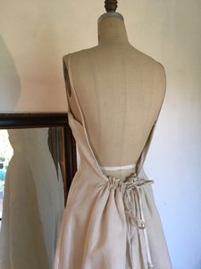 Edgardo Bonilla Low Back 30203 Silk Gazar Aline Sz 8/10 Wedding Dress