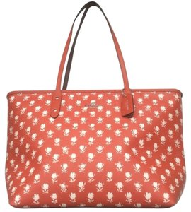 Coach Limited Edition Nwt New With Tags Tote in Carmine / White