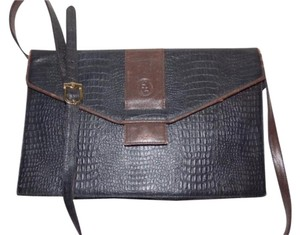 Fendi Two-way Style Clutch/Cross Popular Style Xl Envelope Style Cross Body Bag