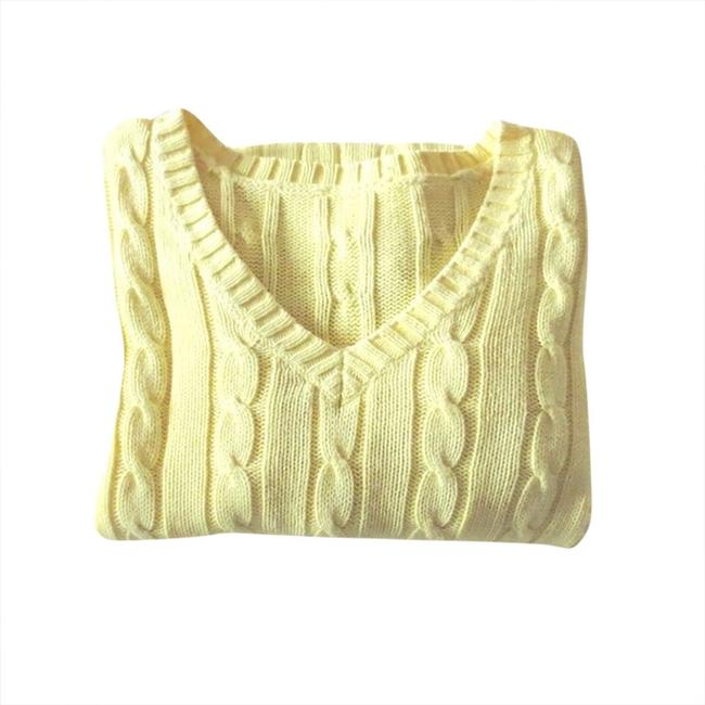 Preload https://img-static.tradesy.com/item/1787918/yellow-cable-knit-sweaterpullover-size-4-s-0-0-650-650.jpg