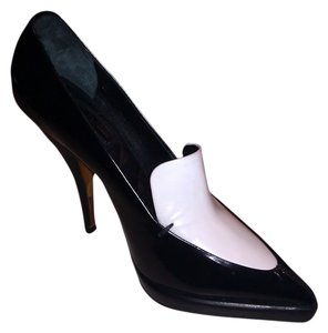 Céline Leather Black & White Pumps