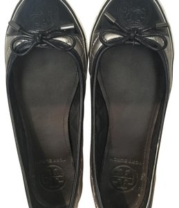 Tory Burch Silver and Navy Blue Flats