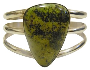Mine Finds by Jay King Mine Finds By Jay King .925/Signed DTR Sterling Silver Large Pear Shape Green Gemstone Cuff Bracelet (Fits 6 3/4 to 7 Inch wrist)