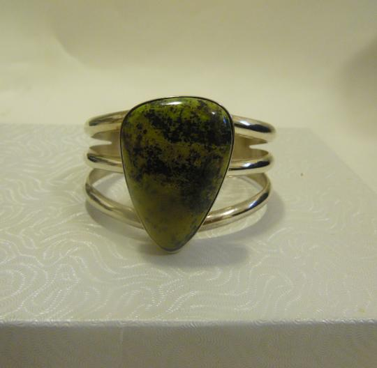 Mine Finds by Jay King Mine Finds By Jay King .925/Signed DTR Sterling Silver Large Pear Shape Green Gemstone Cuff Bracelet (Fits 6 3/4 to 7 Inch wrist) Image 4