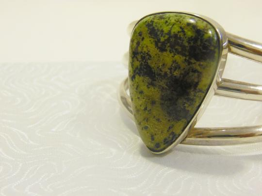 Mine Finds by Jay King Mine Finds By Jay King .925/Signed DTR Sterling Silver Large Pear Shape Green Gemstone Cuff Bracelet (Fits 6 3/4 to 7 Inch wrist) Image 5