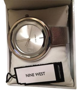 Nine West Nine West Women's NW/1357SVSV Watch