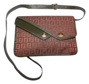 Fendi Mint Vintage Multiple Compartment Layered Snap Pockets Expendable Bottom Asymmetrical Front Cross Body Bag