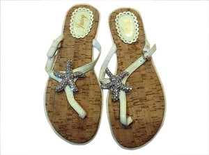 Juicy Couture Ivory Sandals