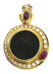 STEAL MUST SEE - 18 karat yellow gold cabochon ruby, round brilliant cut diamond and ancient coin pendant