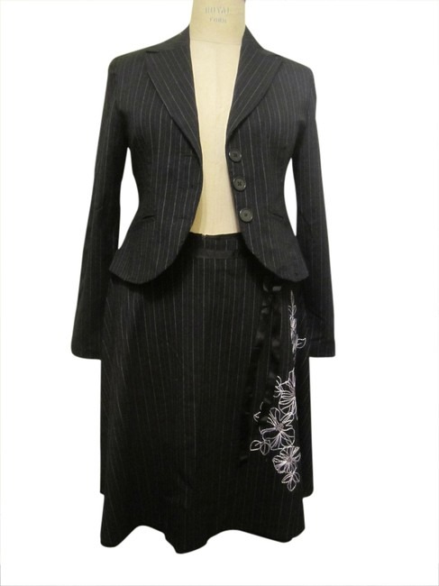 Item - Black Pinstripe Embroidered Skirt Suit Size 12 (L)