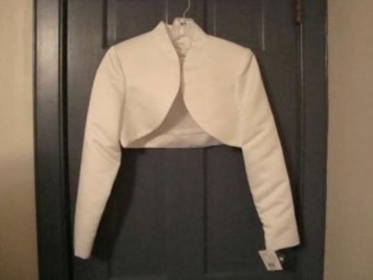 David's Bridal White Medium Bolero Jacket - New