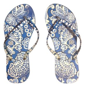Vera Bradley Blue/white Sandals