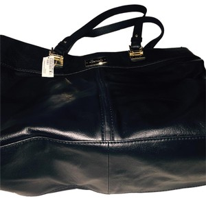 Harrods Tote in Black
