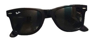 Ray-Ban Never Worn Ray Ban Wayfarer Sunglasses