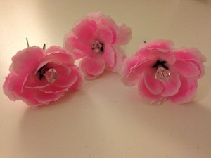 Pink Flower With Swarvorski Crystals Hair Pins