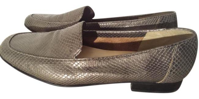 Item - Sea Grey Leather-trouser Day Loafer Flats Size US 8 Regular (M, B)