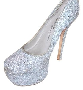 Alice + Olivia Silver/blue Platforms
